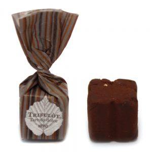 Praline noisettes IGP du Piémont et chocolat noir