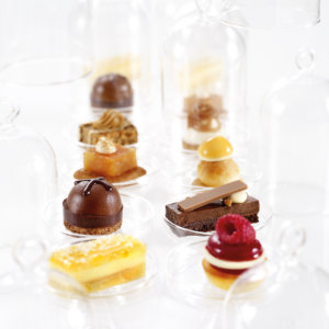 Petits Fours Haute Couture